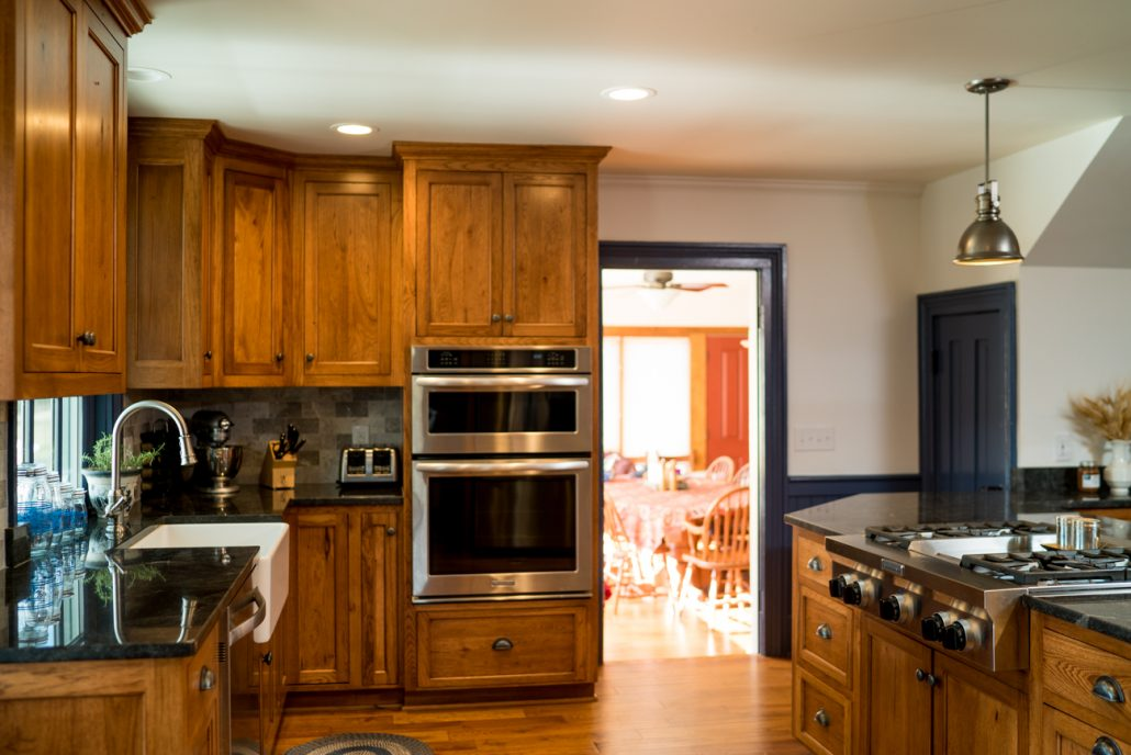 Double Ovens Are Possible In a Kitchen Remodel