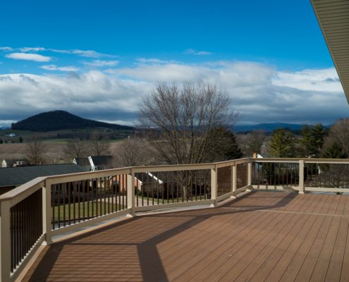 Home Builders Can Bring Custom Decks