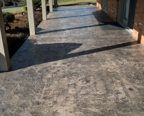 Home Builders Set Concrete